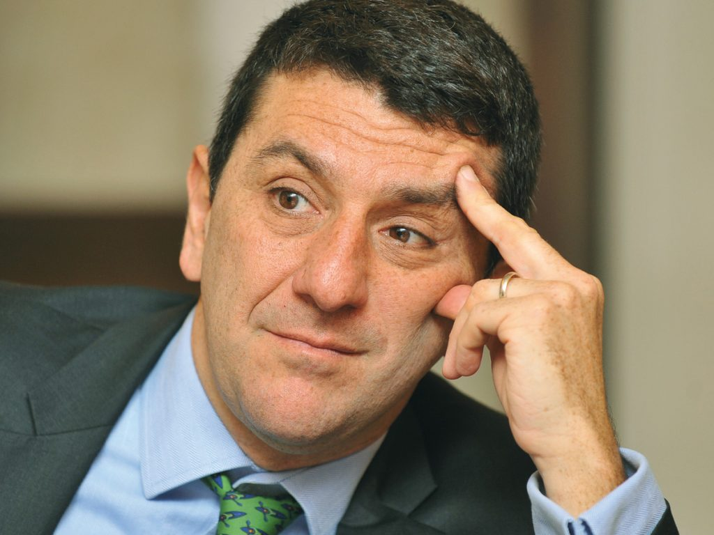 Julien Halfon, BNP Paribas AM, pondering the average default